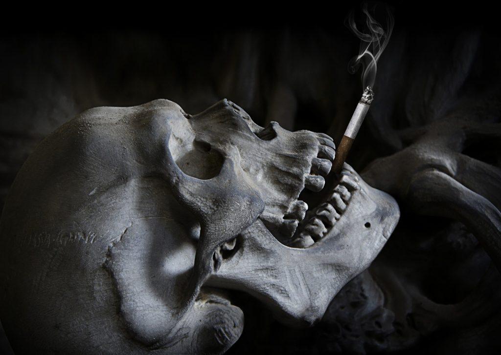 Le public rappelle les dangers du tabagisme